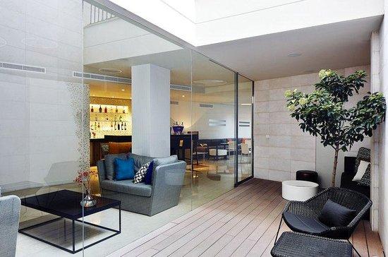 Hotel Palladium: Terrace