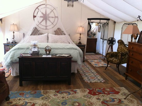 The Depot Lodge: Interior of tent