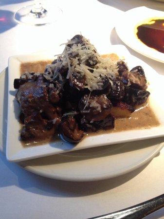 Montrio Bistro : Pilze auf Polenta