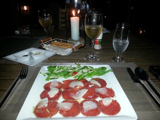 Ad Hoc Beach Cafe : Beef Carpaccio with Truffle Oil