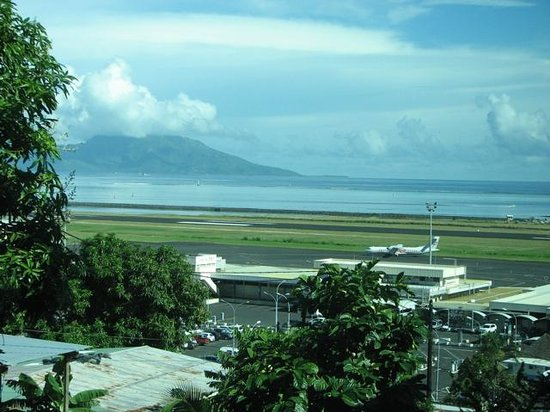 Tahiti Airport Motel : View from our room window across the airport and ocean to Moorea