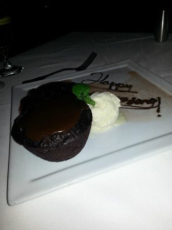 Truluck's Seafood, Steak and Crab House: Chocolate bread pudding/ Cherries Jubilee