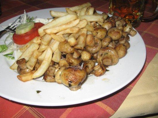 Restoran Hindin Han : grilled mushroom plate