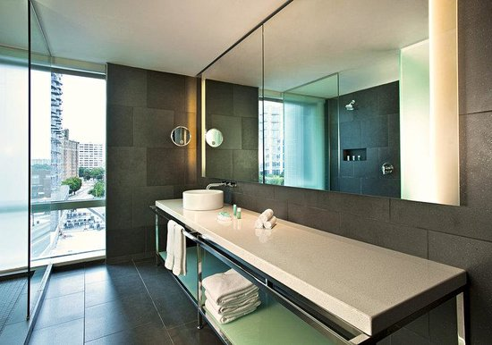 W Atlanta Downtown: Studio Suite Bathroom