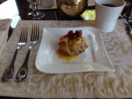 Biltmore Village Inn: Bread pudding