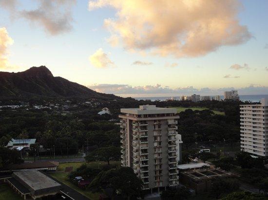 Aston Waikiki Sunset : 日の出②