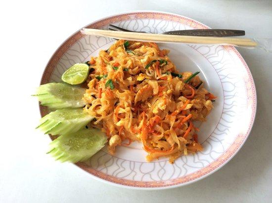 Lanta Restaurant: Pad Thai with chicken
