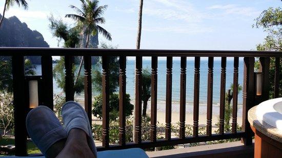 Centara Grand Beach Resort & Villas Krabi: Relaxing on the Balcony