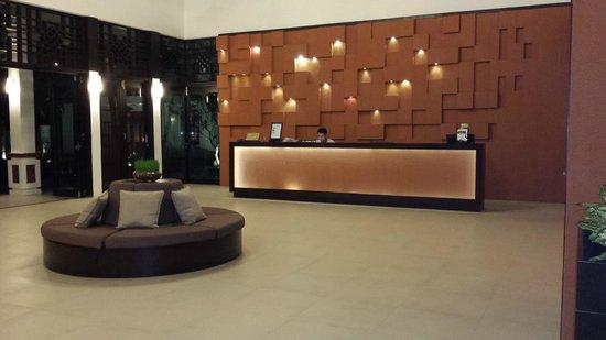 Hoi An Beach Resort : lobby