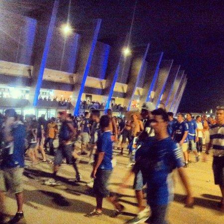 Estadio Governador Magalhaes Pinto: Mineirão em dia de jogo do Cruzeiro