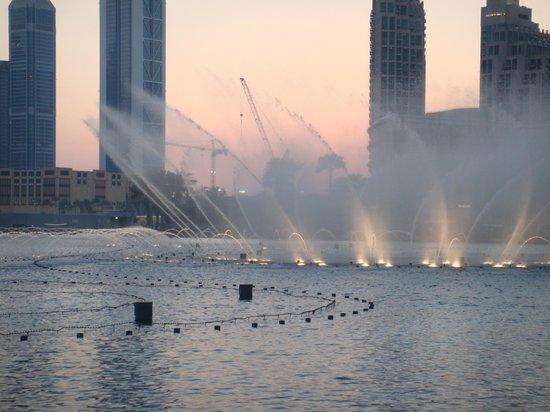 The Dubai Mall : Musical Fountain