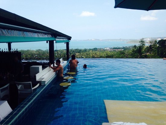 Mantra Samui Resort : The pool - awesome views