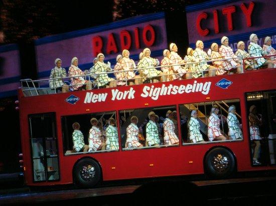 Radio City Music Hall : AS ROCKETES
