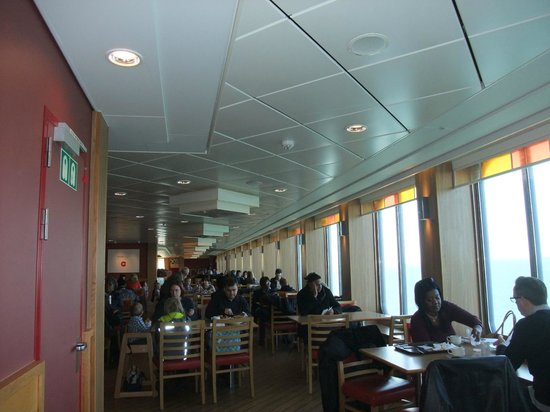 P&O Ferries - Day Trips : The dining area