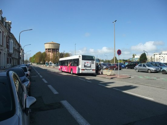 P&O Ferries - Day Trips : Bus - near Calais Ville station