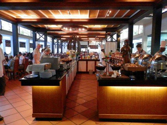Cinnamon Lodge Habarana: Buffet