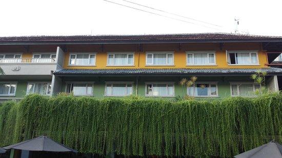 HARRIS Resort Kuta Beach: Rooms