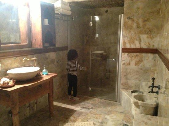 Kelebek Special Cave Hotel: bathroom