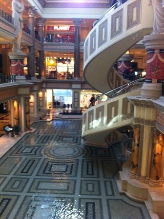 The Colosseum at Caesars Palace : great shopping