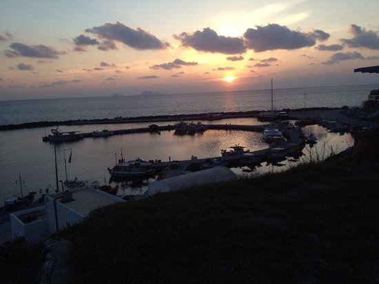 Anchors Away Yachting