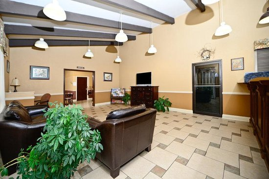 Americas Best Value Inn & Suites: Lobby