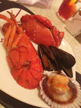 Carousel Buffet, Royal Plaza on Scotts: Fresh and Tasteful..