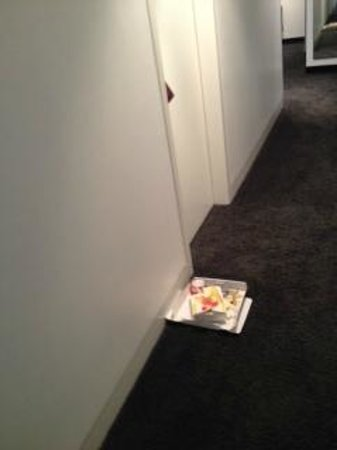 LINDEMANN'S: Had to pass by rubbish put outside room 211 for almost 24h