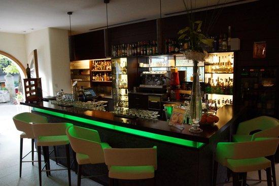 Ansitz Plantitscherhof: Bar