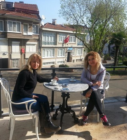 Ascot Hotel Buyukada Istanbul: kardeşimle kahve keyfi