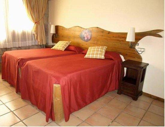 El Jou Hotel: Room
