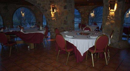 El Jou Hotel: Restaurant