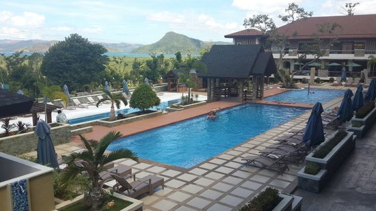 Coron Westown Resort: Pool view