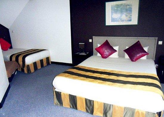 Comfort Hotel Apollonia St-Fargeau/Fontainebleau Nord : Triple Room NQT