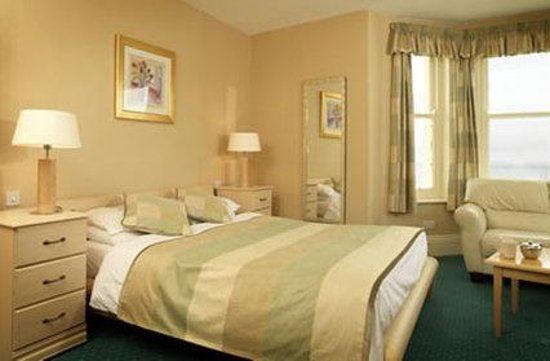 The Clifton Hotel - Scarborough: Double Sea View Room
