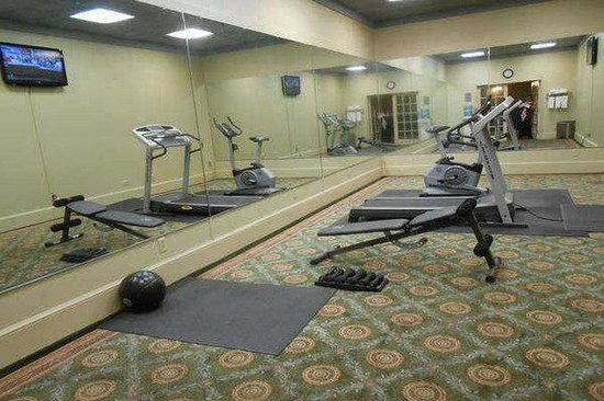 Lafayette Garden Inn & Conference Center: Fitness Center