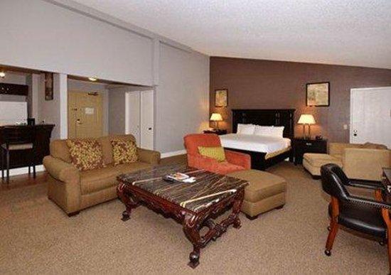 Quality Inn & Suites: CAG