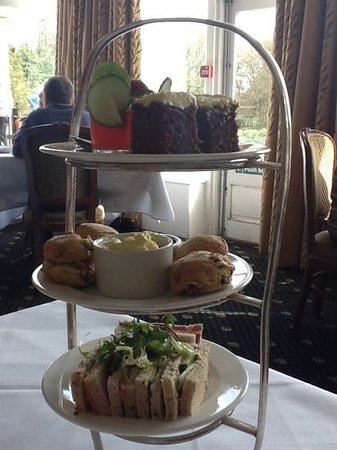Grinkle Park Hotel: Pimms jelly afternoon tea