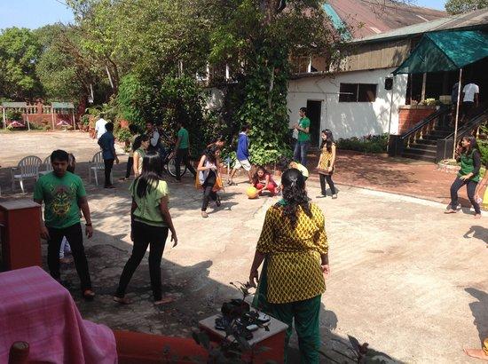 Hotel Shree Paradise: Group Enjoying Playing time