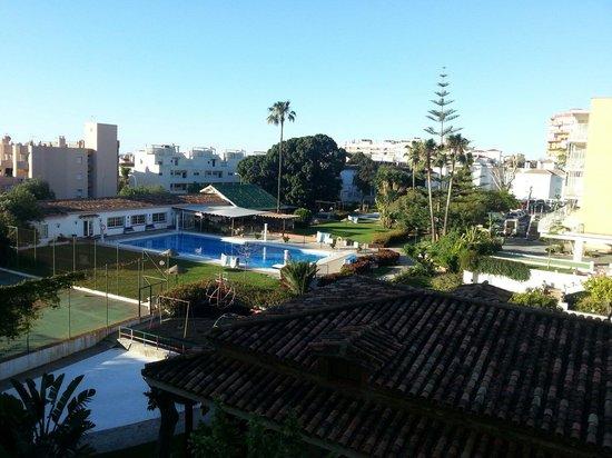 Carihuela Park Palace: Vista desde la terraza del apartamento