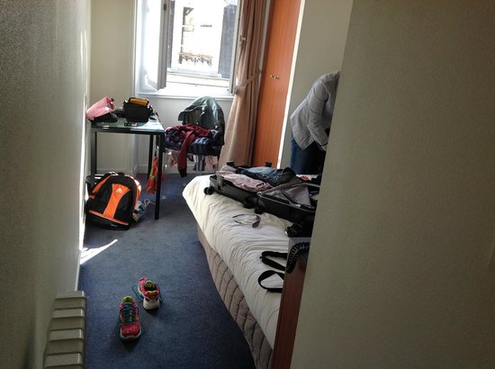Henri IV Hotel : chambre 23