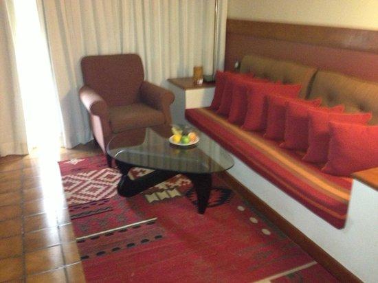Cinnamon Citadel Kandy: Room