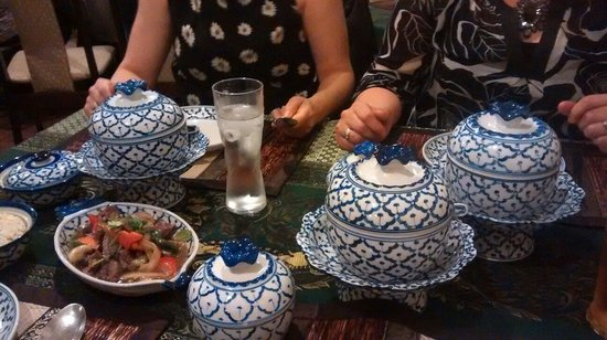 Supattra Thai Restaurant: Nice crockery