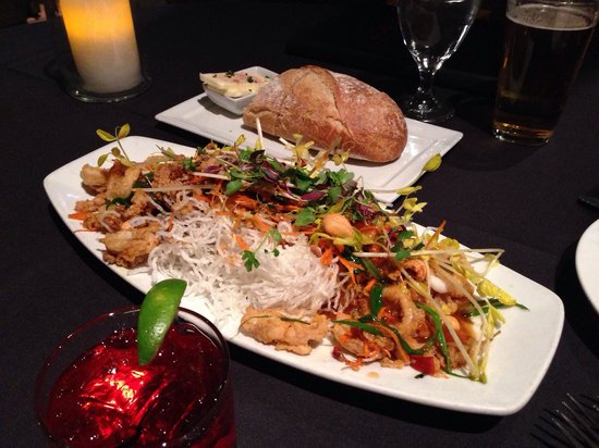 Wildfish Seafood Grille : Fried calamary - spicy but delicious