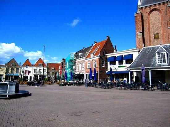 Amersfoort Sint-Joriskerk ve önü