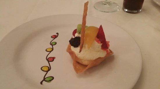Viva Wyndham Maya : Portofino : Dessert bien présenté