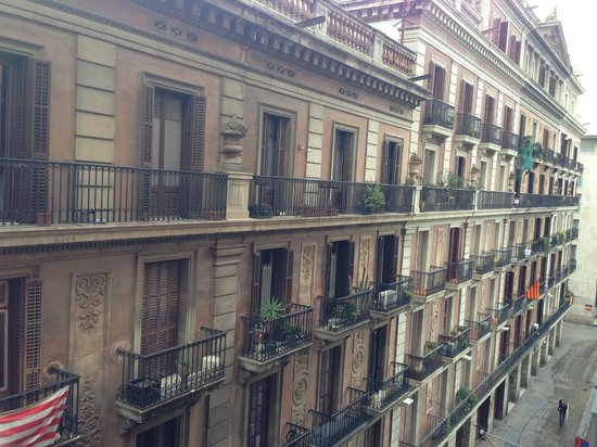 NH Barcelona Centro : View from our room