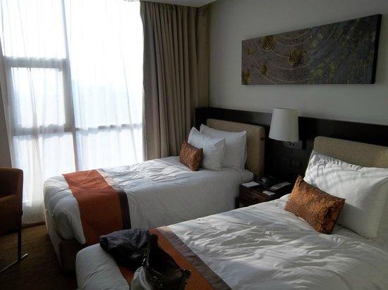 Anantara Sathorn Bangkok Hotel: 2nd bedroom