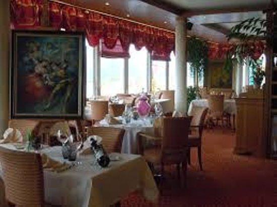 Le Bellevue: Salle du restaurant
