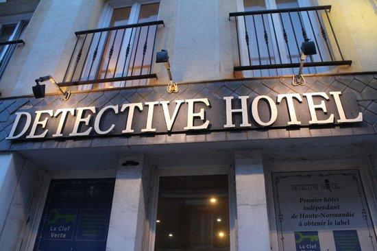 Detective Hotel : Entrée
