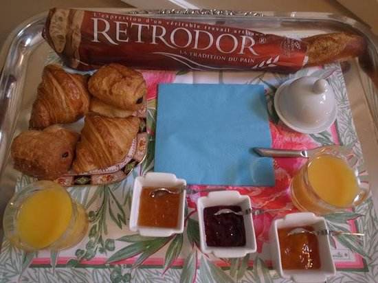 Le61Berthier: July.2013. - Breakfast for 2people